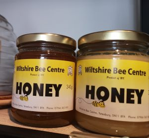 Wiltshire Bee Centre Honey, set and clear, on online shop