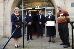 Mayor of Chippenham Teresa Hutton & the Chief Executive stood outside the Town Hall congratulating the Civic Award Winners