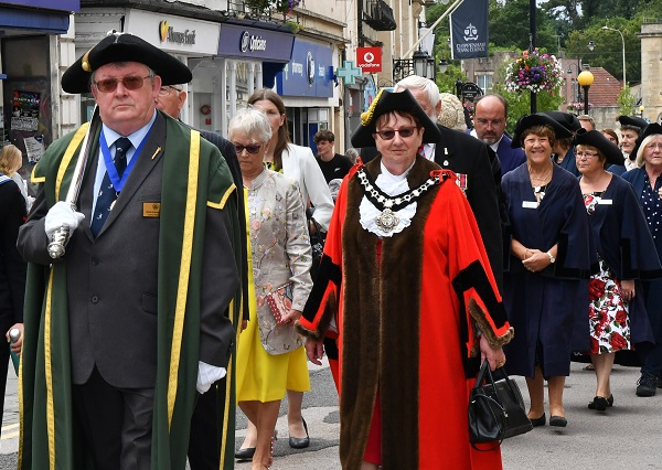 Civic Sunday parade in the High Street